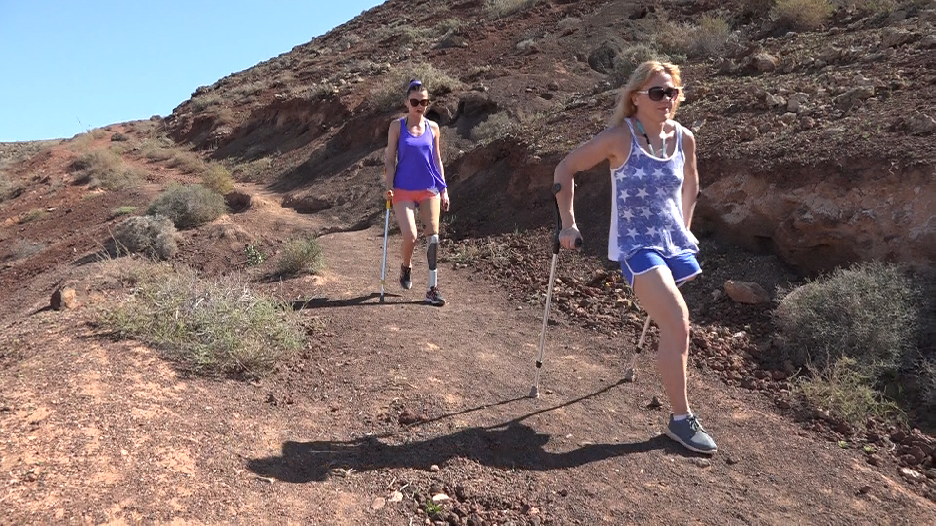 Clip Walking down the Vulcano